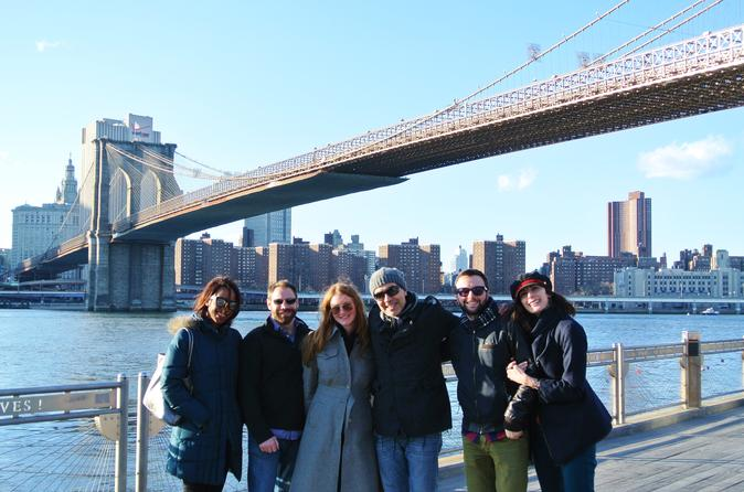 Brooklyn Bridge Walking Tour with Dumbo Experience