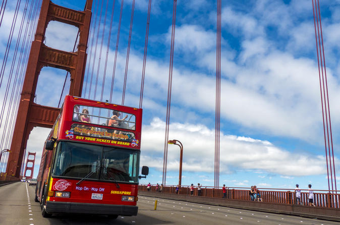 San Francisco Museums Admission and 1 Day Hop-On Hop-Off Tour