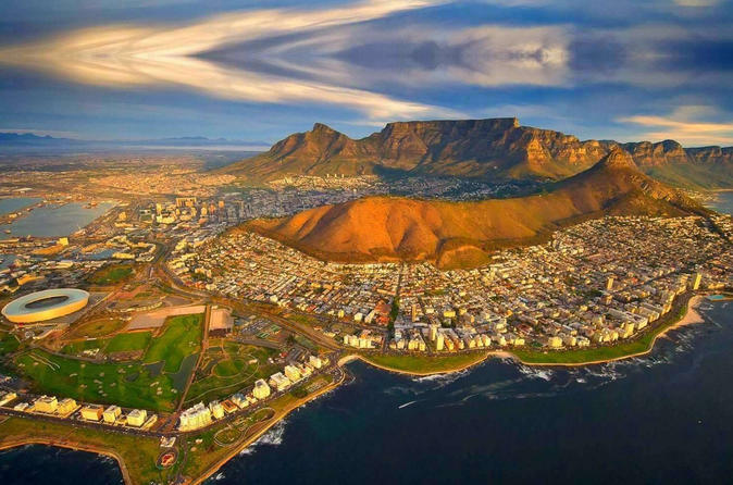 Private Minibus Transfer - Cape Town (CPT) - V & A Waterfront (3-5 people)