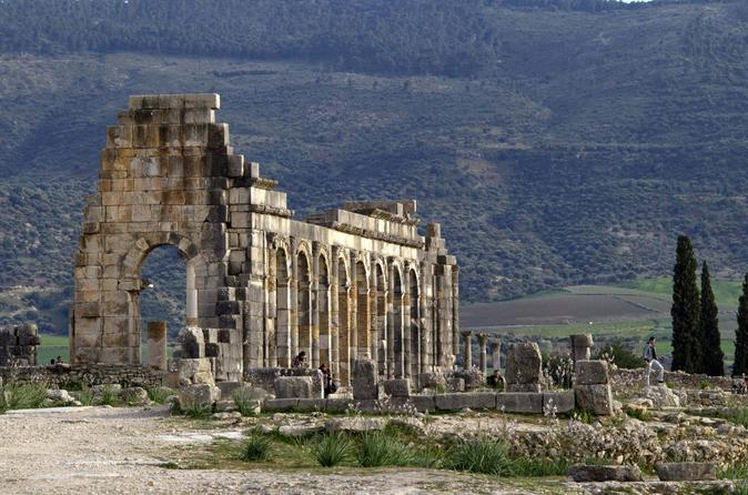 Fez to Meknes and Volubilis Day Trip with Place el-Hedim