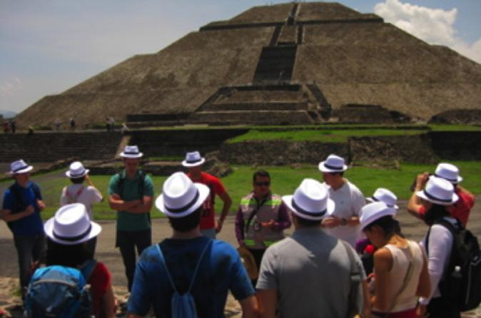 Teotihuacan Pyramids And Food Walking Tour From Mexico City