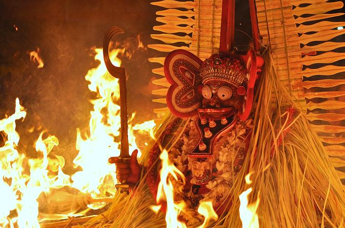 Private Tour: Experience Theyyam Ritual from Kannur