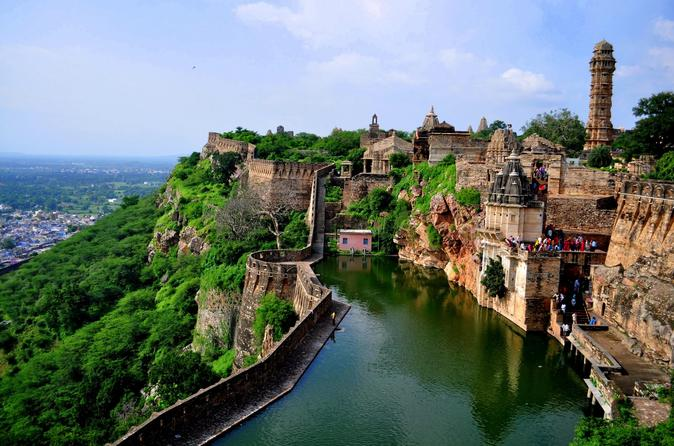 Private Day Trip to Chittorgarh Fort From Udaipur With Drop At Jaipur