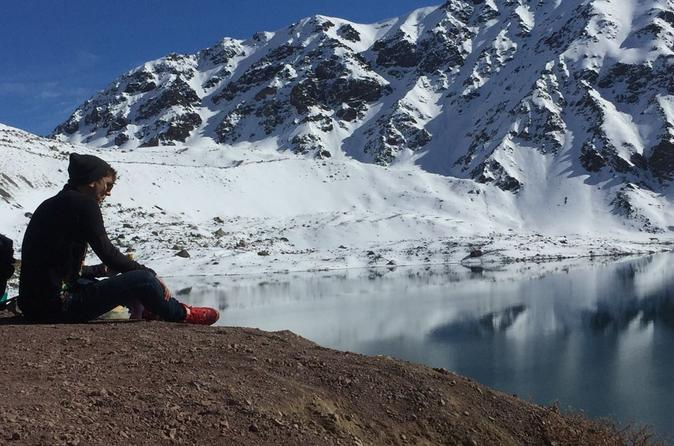 Santiago to Embalse El Yeso Day Trip Including Lunch and Wine