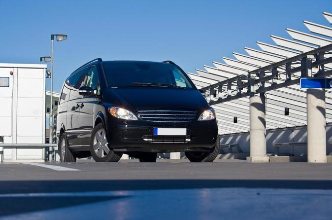 Private Transfer from Dresden City to Berlin Airport
