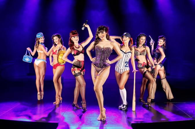 Pin Up Starring Claire Sinclair en el Stratosphere Hotel and Casino