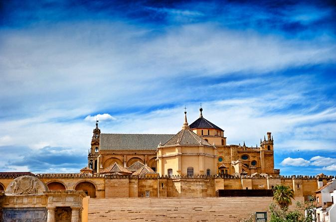 Classic Cordoba: Mosque, Synagogue and Jewish Quarter 2-Hour Guided Tour