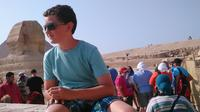 Pyramids Highlights: Guided Day Tour from Cairo*