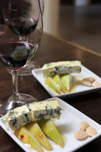 Healdsburg Wine Tasting and Food Pairing Guided Walking Tour