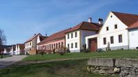3 Day Holasovice Cesky Krumlov and Rozmberk Castle Tour from Prague