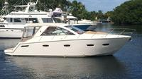 40' ft Sealine Rental in Miami
