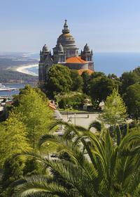 Minho Day Trip from Porto Including Lunch