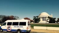 Dynamite Day Tour: Small Group DC Bus Tour
