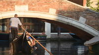 Tête-à-tête in Venice