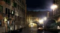 Venice Evening Walking Tour: Food and Ghost Stories