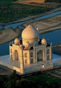 Private One Day Sightseeing Tour to Agra from Delhi Including The Taj Mahal