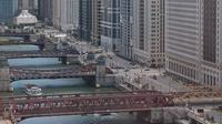 Chicago River Walking Tour