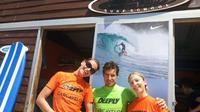 Surf Lesson on Praia de Carcavelos