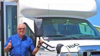 Round-Trip Shuttle: Kahului Airport on Maui Private Car Transfers