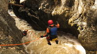 Cradle Mountain Canyoning: Dove Canyon