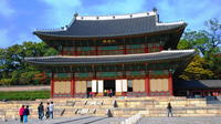 Seoul Afternoon Tour Including Palgakjeong, Changdeokgug and Namdaemun Market