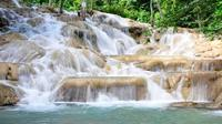 Private Tour to Dunn's River Falls in Jamaica