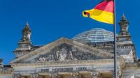 Private Half-Day Highlights And City Bike Tour of Berlin