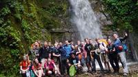 Dota's Red Wine Waterfalls and 4 x 4 Tour