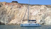 Caldera Panorama Sunset Cruise with Drinks and Lunch from Santorini