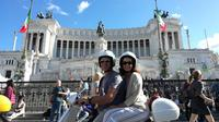 Squares of Rome in Vespa with Lunch