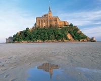 3-Day Mont Saint-Michel and Loire Valley Castles from Paris