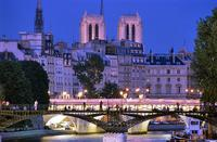 Dinner Cruise on the Seine River with Hotel Pickup