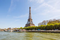 Marina de Paris Seine River Cruise with 3-Course Meal