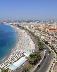 See the sights of Nice on your hop-on hop-off tour