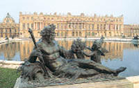 Versailles Guided Tour with Optional Fountain Show