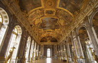 Versailles Independent Tour with Transportation from Paris