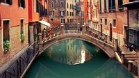 Venice Private Tour for Families with Gondola Ride