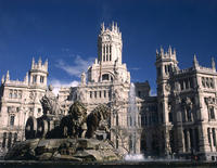 Madrid Small-Group Walking Tour Including Skip-the-Line Royal Palace Guided Tour