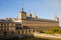 Madrid Super Saver: El Escorial Monastery and Aranjuez Royal Palace Day Trip from Madrid