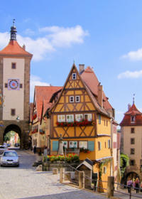 5-Day Tour from Munich to Frankfurt: Rothenburg, Augsburg, Zugspitze