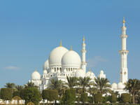 Abu Dhabi City Highlights Tour: Sheik Zayed Mosque, Zayed Centre, and Heritage Village*