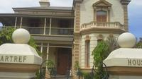 Adelaide Walking Tour: East End Escapade
