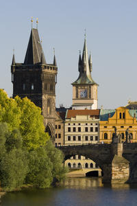View Charles Bridge on your Sightseeing Tour!