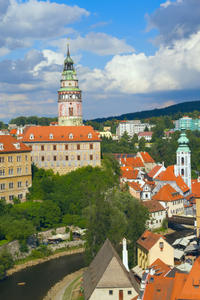 2-Day Hluboka and Cesky Krumlov Tour from Prague