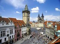 Recorrido de día completo por Praga con crucero por el río Moldaba, visita al Castillo de Praga y almuerzo