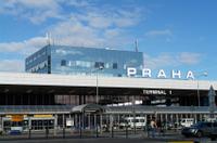 Traslado compartido para llegadas: del aeropuerto de Praga a los hoteles