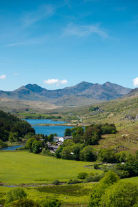 4-Day England and North Wales Tour: Stratford-upon-Avon, Snowdonia and Cambridge