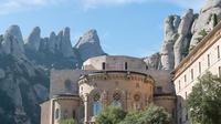 Montserrat Monastery and Sagrada Familia Tour with Liquor Tasting