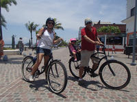 Private Tour: El Malecon Boardwalk Bike Ride