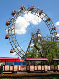 Family Vienna Combo: Vienna Card, Schonbrunn Zoo, Prater Ferris Wheel and Madame Tussauds